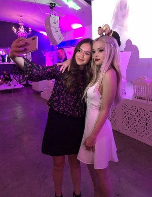 photos Dove Cameron