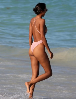 photos Lais Ribeiro