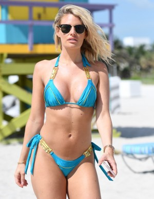 photos Danielle Armstrong